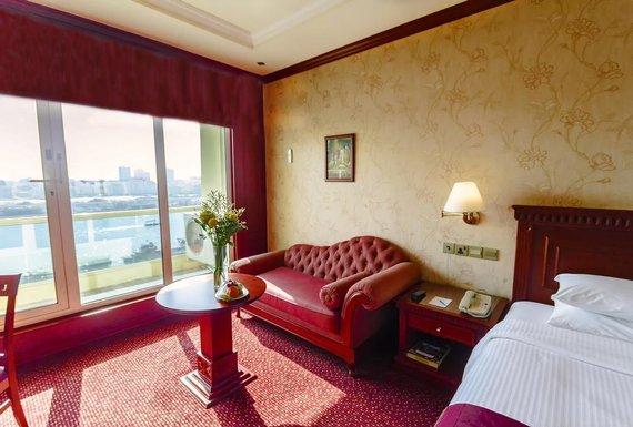 Riviera hotel 4 оаэ дубай апартаменты в нью йорке купить