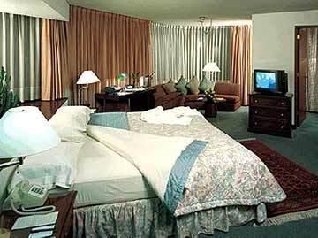 Thunderbird Hotels Principal, Лима