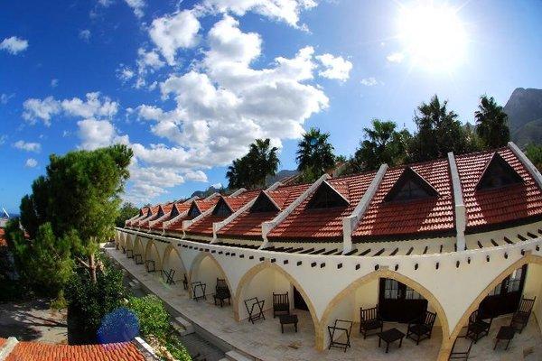Bellapais Monastery Village - фото 0