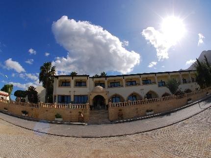 Bellapais Monastery Village - фото 19