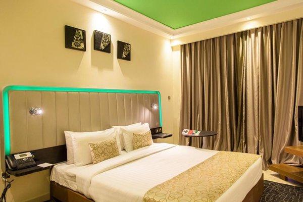 Park Inn by Radisson Hotel Apartments Al Rigga - фото 1