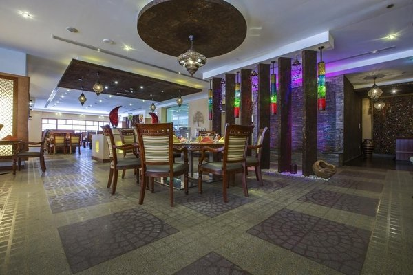 Park Inn by Radisson Hotel Apartments Al Rigga - фото 15