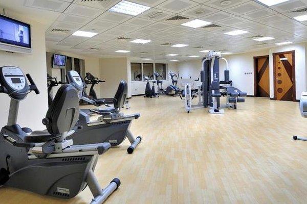 Park Inn by Radisson Hotel Apartments Al Rigga - фото 17