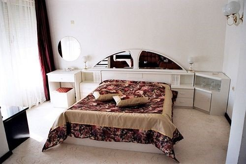 Hotel Splendid Ruse - фото 1