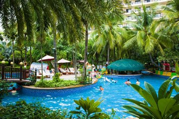 LaCosta Seaside Resort Hotel Sanya