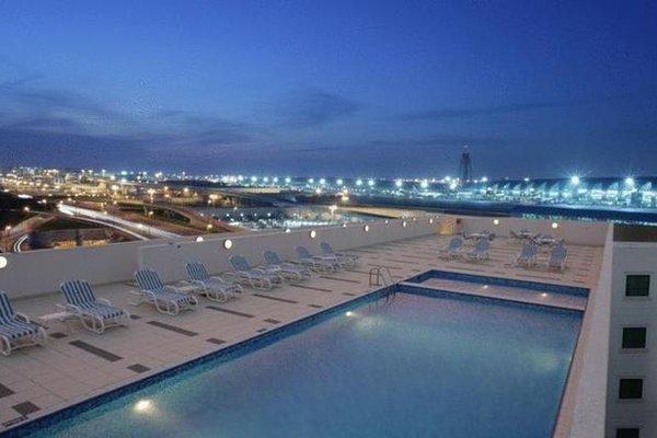 Premier Inn Dubai International Airport - фото 20
