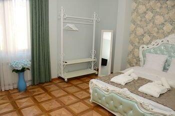 Batumi Globus Hostel - фото 5