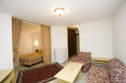 Отель Бисер - фото 2