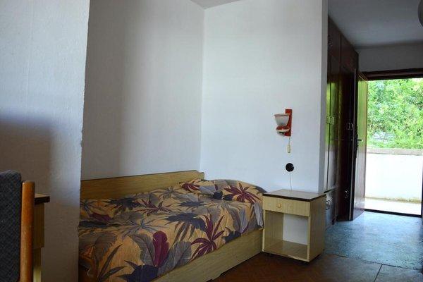 Отель Бисер - фото 7