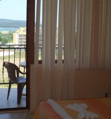 Hotel Mariana - фото 11