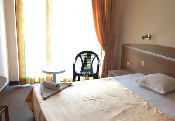 Hotel Zeus - фото 2