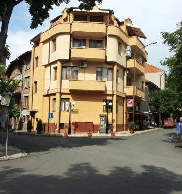 Hristovi Apartments & Studios - фото 25