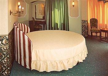 Отель Дафи - фото 1