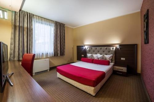 Бизнес Отель Пловдив - фото 2