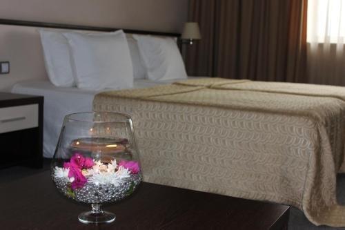 Kendros Hotel - фото 4