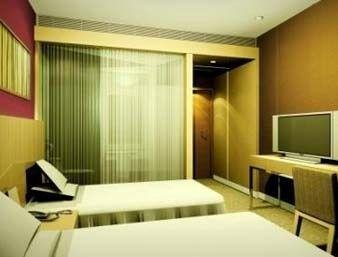 SUPER 8 HOTEL XINGTAI KAI XUAN - фото 1