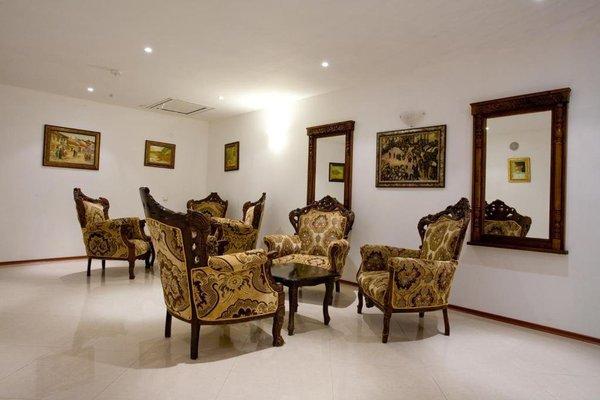 Kaylaka Park Hotel - фото 5