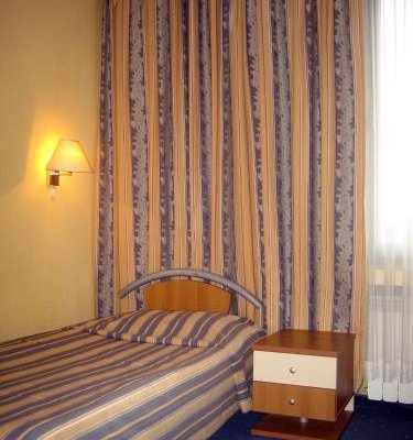 Struma Hotel - фото 1