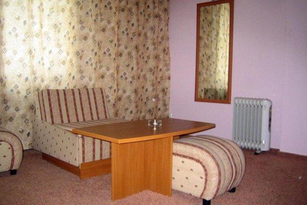Struma Hotel - фото 2