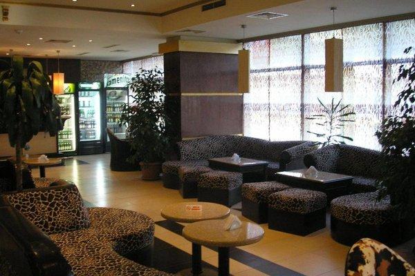 Struma Hotel - фото 6