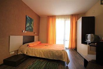 Hotel Coral - фото 1