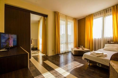 Hotel Coral - фото 2