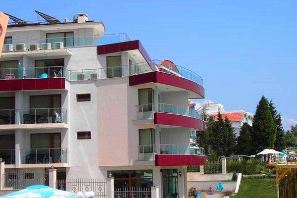 Petrov Family Hotel - фото 19