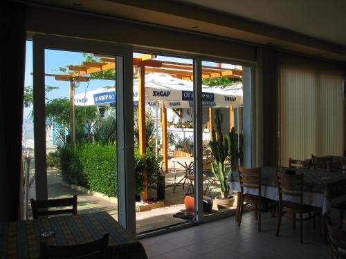Hotel Sofia Beach - фото 10