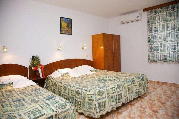 Family Hotel Orfei - фото 6
