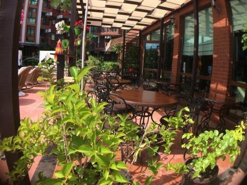 Apartments in Chateau Del Marina Complex - фото 11