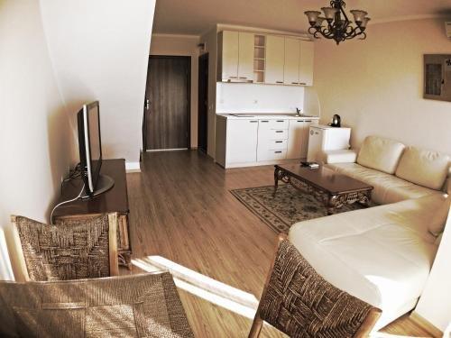 Apartments in Chateau Del Marina Complex - фото 14