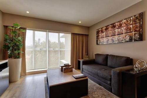 Ventura Hotel & Suites - фото 5