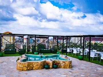 Holiday Inn Dar Es Salaam