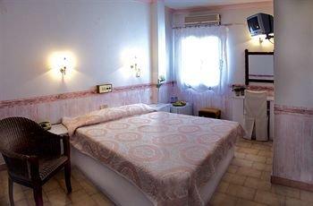 Byzance Hotel - фото 1