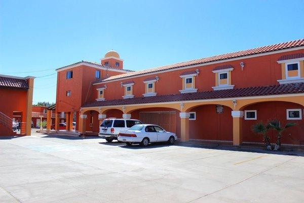 HotelCo Inn - фото 21
