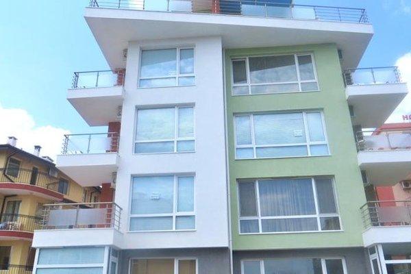 Apartments in Azalia 2 Complex - фото 17