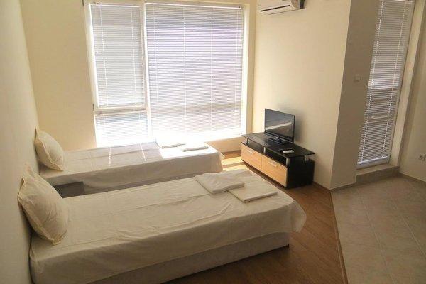 Apartments in Azalia 2 Complex - фото 1