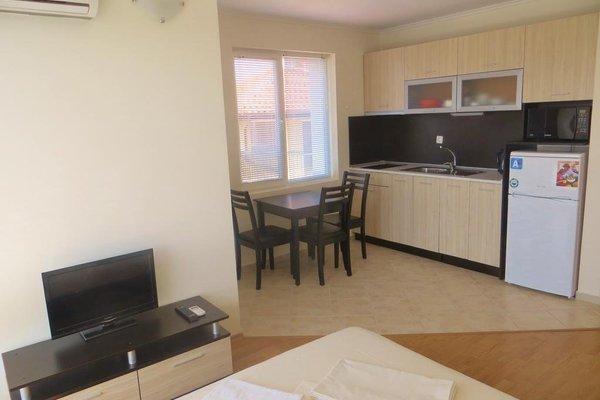Apartments in Azalia 2 Complex - фото 15
