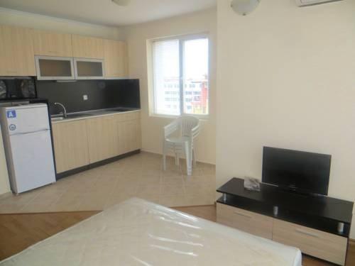 Apartments in Azalia 2 Complex - фото 6
