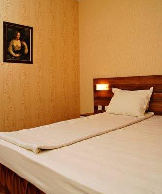 Family Hotel Ramira - фото 1