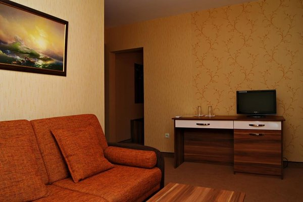 Family Hotel Ramira - фото 6