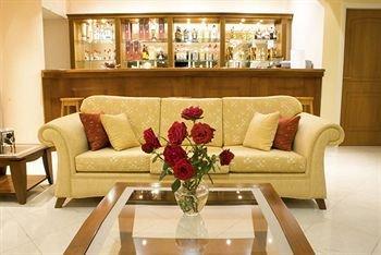 Hiona Holiday Hotel - фото 8
