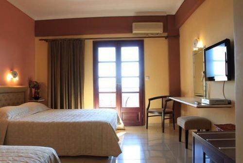 Athorama Hotel - фото 1