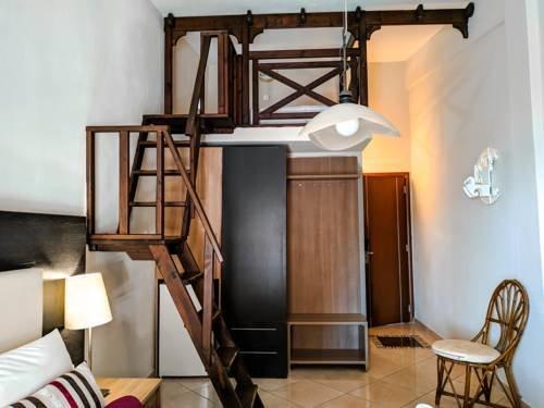Meliton Inn Hotel & Suites - фото 4
