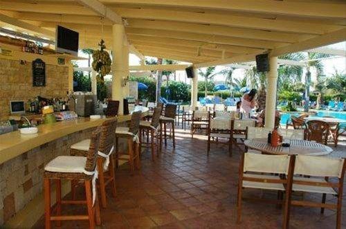 Parthenis Hotel & Suites - фото 11