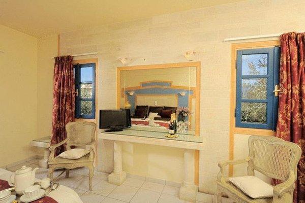 Parthenis Hotel & Suites - фото 4