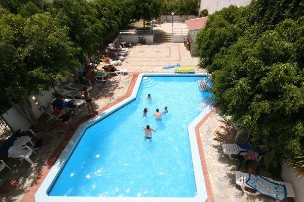 Thalia Hotel - фото 20