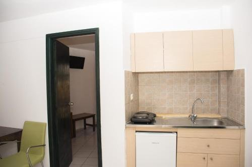 Kri-Kri Village Holiday Apartments - фото 10