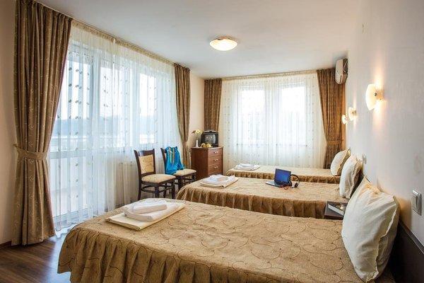 Family Hotel St. Konstantin - фото 3