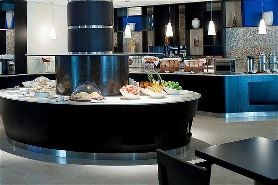 Holiday Inn Express Dubai Airport - фото 12
